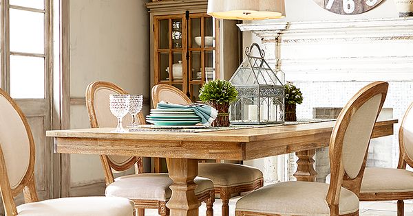 Pier1 Dining Table: Light, Airy Looks With Natural Tones And Textures Are