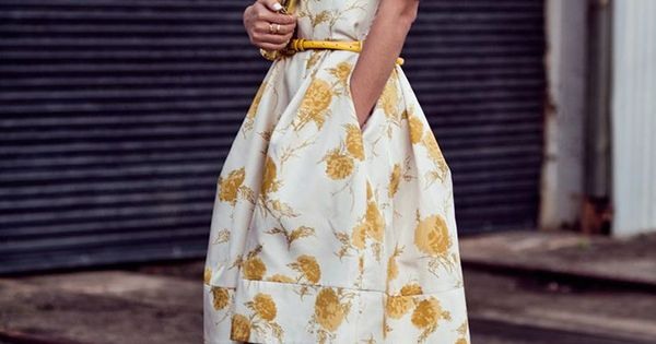 20 Stylish Wedding Guest Looks We're Pinning Right Now - Wedding Party.