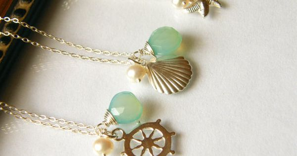 These would be adorable as bridesmaids necklaces for a beach wedding