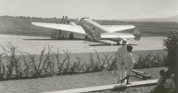 1937 AMELIA EARHART FRED NOONAN 8X10 PHOTO LOCKHEED ELECTRA AIRPLANE LAST PHOTOS