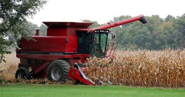 Combine Harvester With Images Tractors Combine Harvester