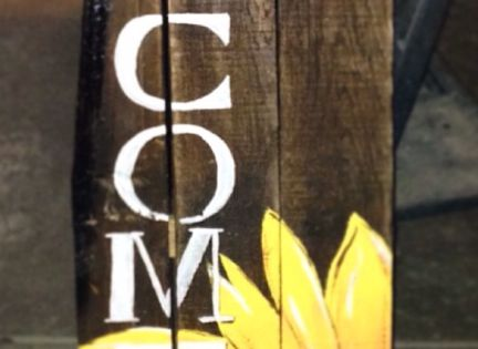 Sunflower Welcome Sign Made Of Pallet Wood Signs