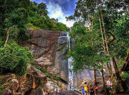 temurun waterfall langkawi malaysia cheapest place ever to hire a car and waterfalls worth. Black Bedroom Furniture Sets. Home Design Ideas