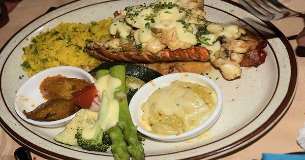 The Best Local Restaurant Near Me In Aruba Now Seafood Restaurant Local Restaurant Chinese Restaurant