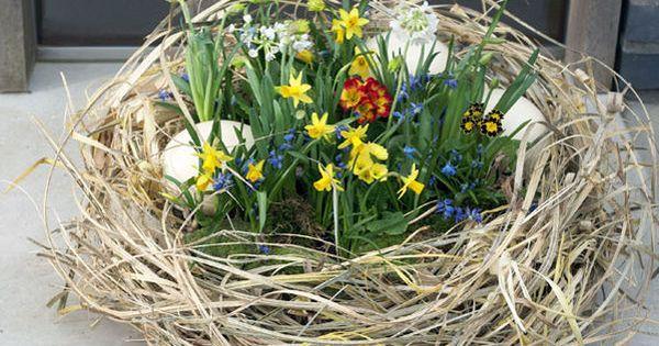 ... mit bunten Frühlingsblumen  Ostern  Pinterest  Eier, Dekoration