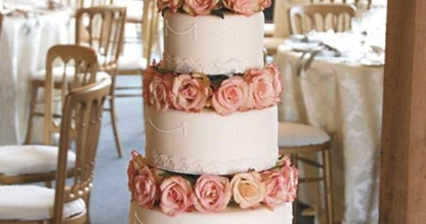 Lace, Pearls & Roses Wedding Cake