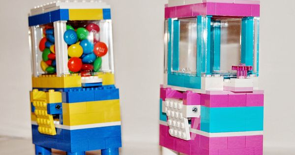 Lego candy dispenser tutorial with link to parts list and step by