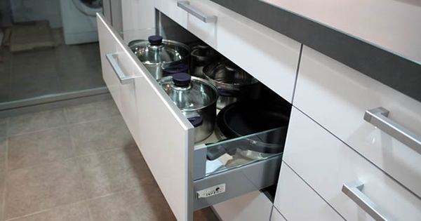 Cocinas dise o de cocinas en mostoles rey blanco con - Muebles de cocina mostoles ...