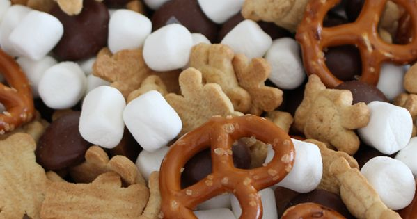 Try this super easy and fun Smores Trail Mix Recipe. Its ready