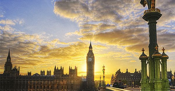 Thames River, London, England | Sunset view from the bridge