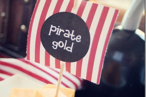 Pirate Gold - snacks for a pirate themed party * Visit website