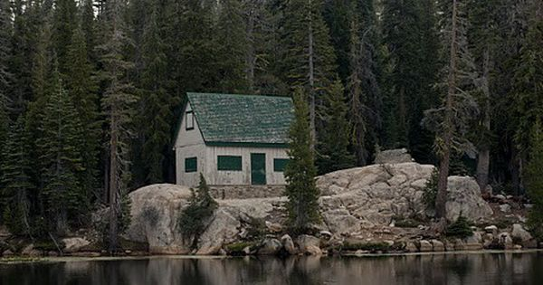 Lakes House, Wood, Little Cabin, Dreams House, Cabin Home, Cottages, Places, Rocks,