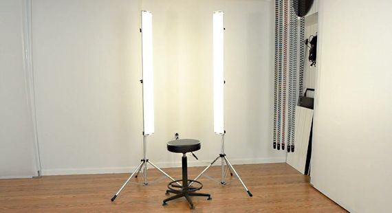 Diy Photography Studio Lighting On The Cheap Studio Photography Lighting Photography Lighting Diy Diy Studio Lighting