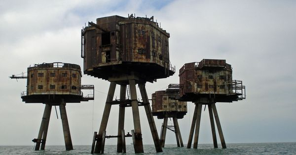 Is anyone else thinking: Zombie Apocalypse? The Maunsell Sea Forts designed by