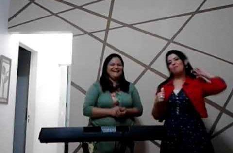 Canticos Infantis De Todas As Epocas Com Keila Araujo E Monica