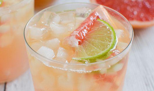 Grapefruit-Ginger Bourbon Sour | Recipe | Fresh lime juice, Grapefruit ...
