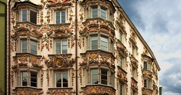 Arquitectura austriaca del rococ el edificio helblinghaus for Casa clasica caracas