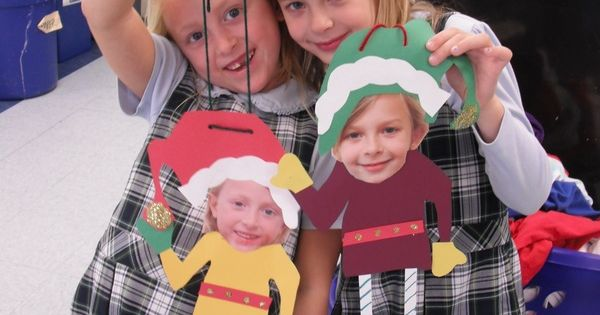Some really cute ideas- easy and cheap Christmas crafts for kids.