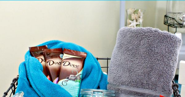 Simple Mother's Day Gift Ideas: Spa Day basket filled with Chocolate - I would like to have this gift basket!
