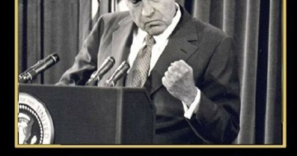 richard nixon and the watergate scandal essay