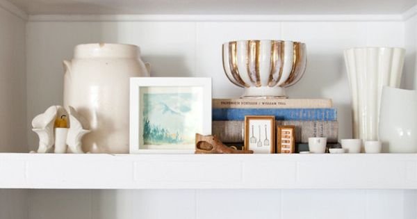 20 Mantel and Bookshelf Decorating Tips | Living Room and Dining Room
