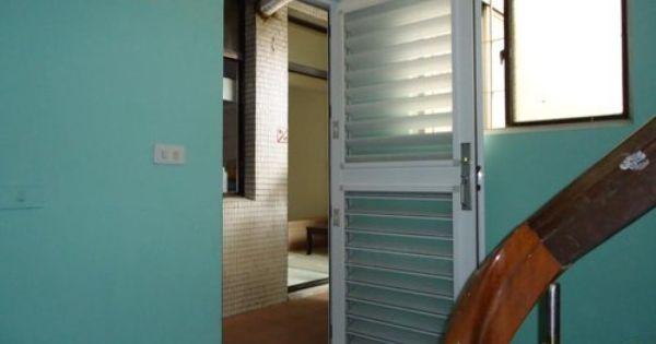 李先生家 室外多功能鋁百葉門 免動土木 乾式施工法 當天即可完工 高雄氣密窗 高雄門窗生活館 的部落格 電話0931833979 高雄隔音窗高雄鋁門窗