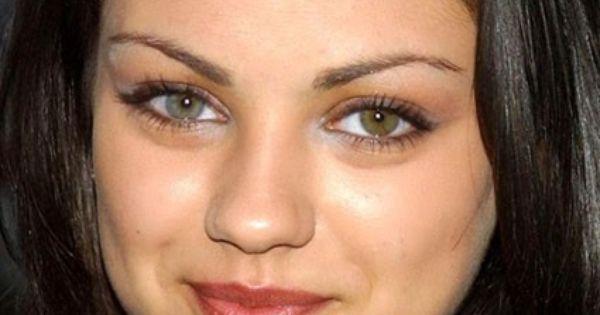 Mila Kunis Famosos Con Heterocromia Los Iris Son De