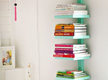 top stack book shelf mommo design: 9 DIY IDEAS FOR KIDS ROOM