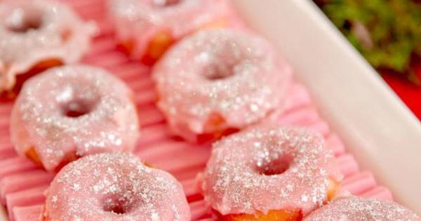 I have to remember pink frosted doughnuts. Plus I think it would