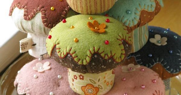 Pin cushion cupcakes! My daughter would have loved these in her play