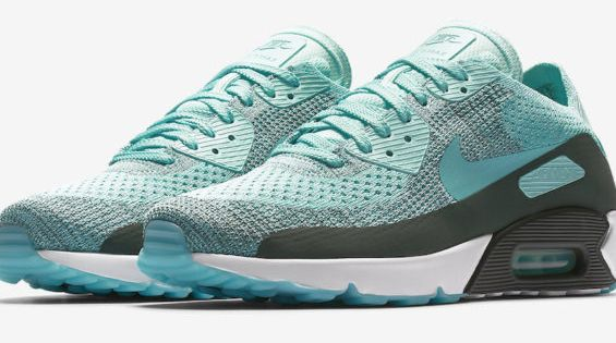 Turquoise And Grey Come Together On The Nike Air Max 90 Ultra 2 0 Flyknit Kicksonfire Com Schoenen Dingen Om Te Kopen