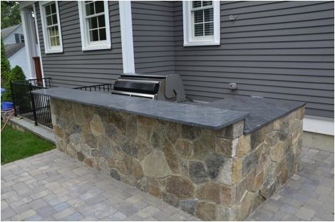 Great Advice On Building A Custom Grill Island Most People Choose To Use Steel Or Pressure Treated Pt Lumbe Custom Grill Grill Island Outdoor Kitchen Bars