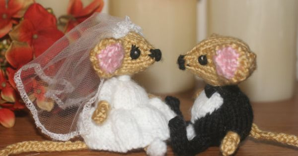 Knitted Wedding Gifts: Knitted Wedding Mice