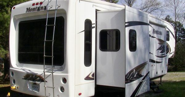 2011 keystone montana 3150rl used fifth wheel for sale by owner sold 502 645 3124 www. Black Bedroom Furniture Sets. Home Design Ideas