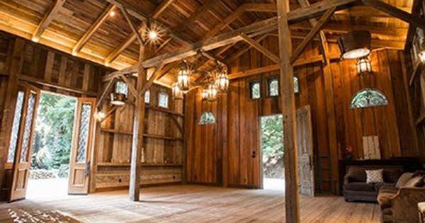 Waterfall Lodge Barn Weddings In The Redwoods Weddings Santa Cruz Wedding Venue Ben Lomond Ca 95005 Casa De Madeira Casas De Madeira