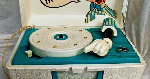 Vintage Disney Mickey Mouse Record Player General Electric