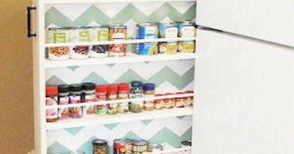 Ideaal voor een smalle verloren ruimte in de keuken een extra opbergkast - Organiseren ruimte voor een extra ...