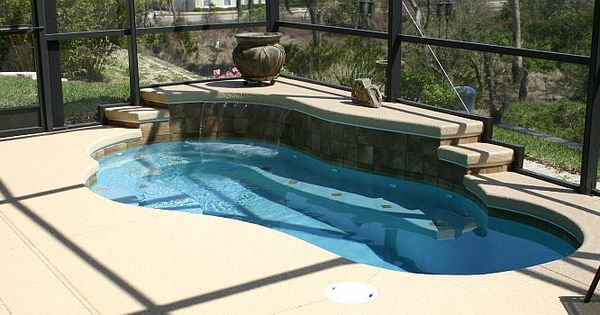 Spool Small Pool With Jets Like A Spa Swimming Pools Pinterest More Small Pools Spa And