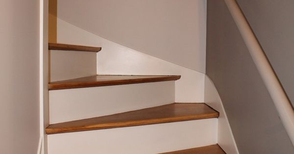 R novation escalier bois d capage marches pour les for Renovation cage escalier maison