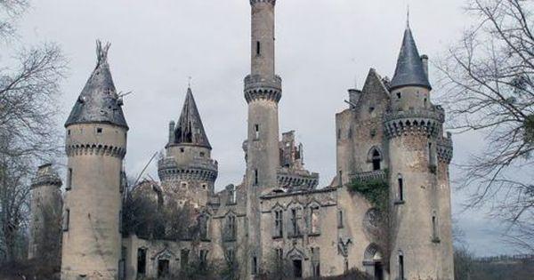 hehe......a real dead disney castle