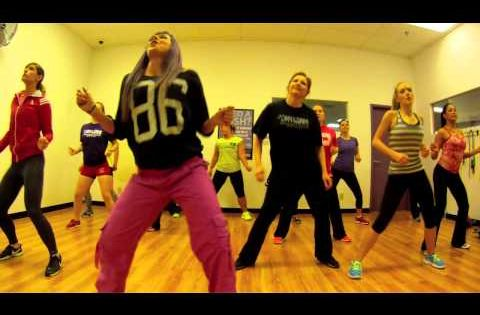 Eve Tambourine Zumba With Mallory Hotmess Youtube