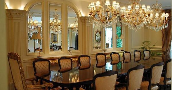 Modern formal dining room wall decor inspiring design for Formal dining wall decor