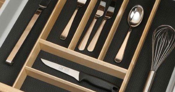 kuchenschranke abhangen : Der Besteckeinsatz aus Eiche wird einfach auf eine Antirutschmatte ...