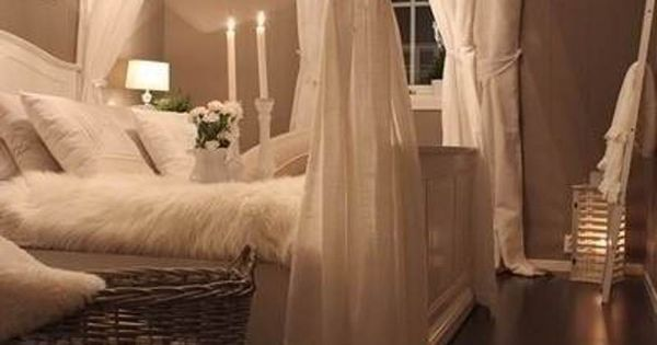 I Love The Feel Of This Bedroom No Canopy But Wall Color