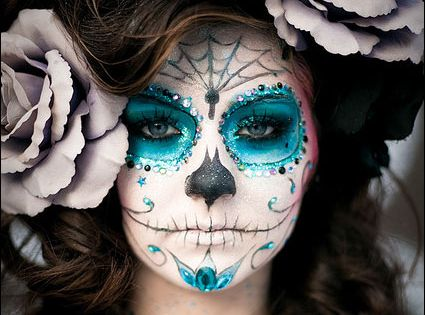 halloween day of the dead makeup if i could pull this off! | See more about Day Of The Dead, Halloween and Sugar Skull.