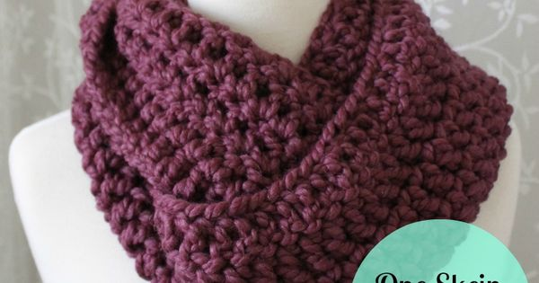 Sew Chatty: {One Skein Infinity Scarf Pattern} One Skein of Lion Brand