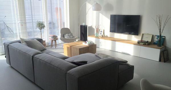 onze woonkamer gietvloer van van hollandse bodem bank van fest amsterdam ikea besta tv kast. Black Bedroom Furniture Sets. Home Design Ideas