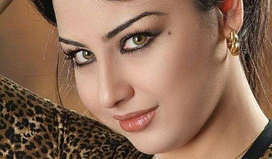 Pin By Lorenzo E On Suhair Alqaisi Beautiful Girl Face Beauty Girl Most Beautiful Faces