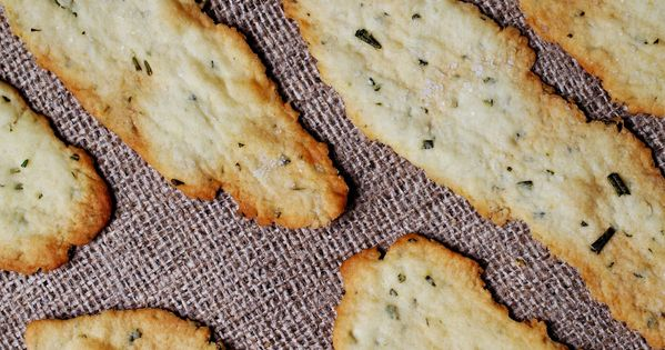 Crisp Rosemary Flatbread Crackers | Recipe | Crackers ...