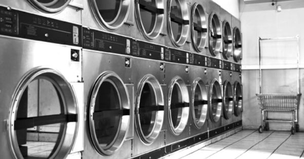 Love The Simple Beauty Of A Laundromat Laundry Shop Laundry Business Moving House